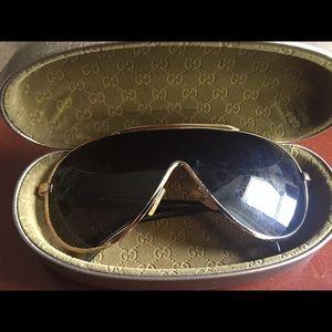 Gucci vintage shield sunglasses
